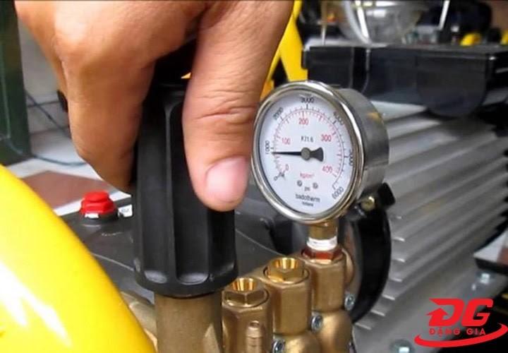Sửa máy rửa xe cao áp không lên áp
