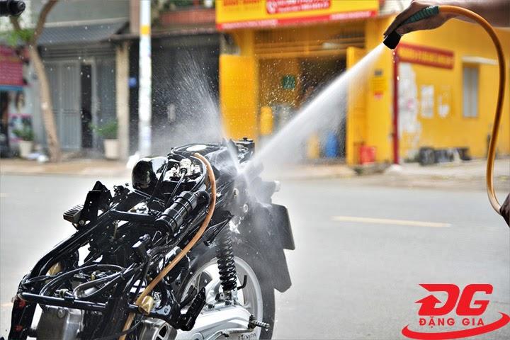 Khả năng xịt rửa của máy rửa xe Kawasaki Nhật