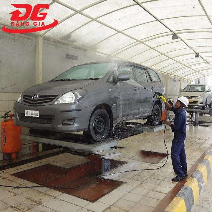 Cầu nâng 1 trụ - Thiết bị rửa xe chuyên nghiệp