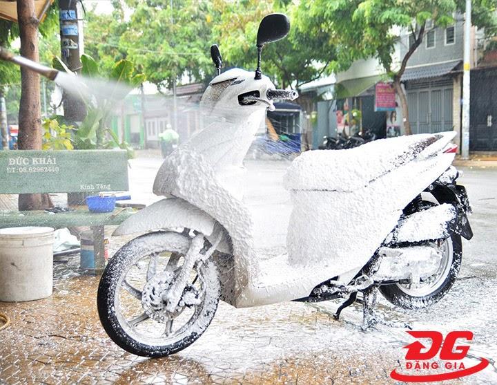 Hướng dẫn pha chế và sử dụng nước rửa xe 3M