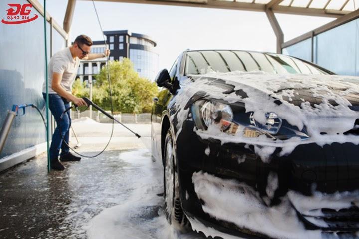 Hiệu quả của rửa xe ô tô bằng xà bông chuyên dụng